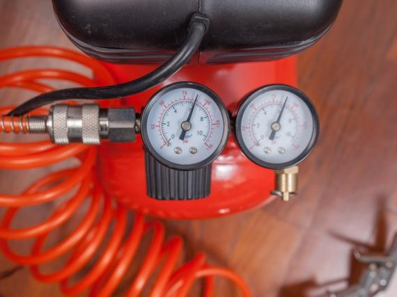 How-Air-Dryers-Can-Prevent-Moisture-Problems-in-Compressed-Air-Equipment